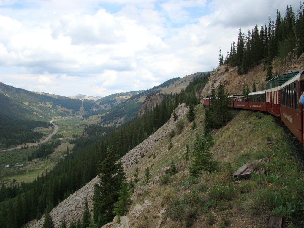 Train along the side of the mountain